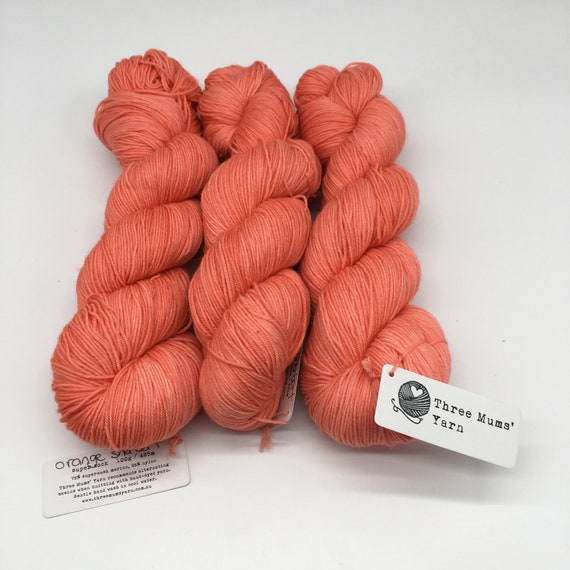 Orange sherbert - hand-dyed semi-solid orange super sock yarn - 100g (425m)