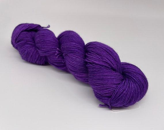 Purple of the year - hand-dyed semi-solid purple merino cashmere silk yarn - 100g (400m)