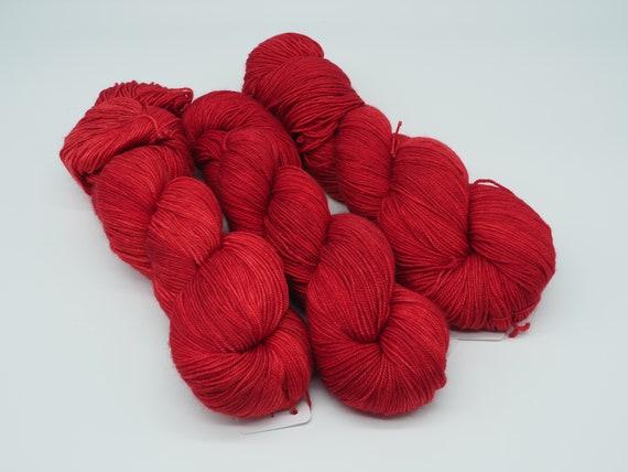 Red carpet treatment - hand-dyed variegated merino cashmere silk yarn - 100g (400m)