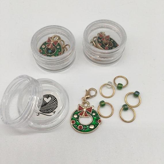 Christmas wreath progress keeper and matching stitch markers - set of 6