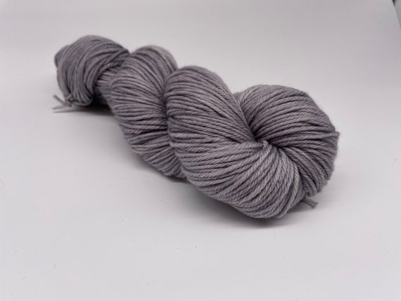 Snow clouds - grey tonal hand-dyed semi-solid superwash DK (8 ply) merino yarn - 100g (225m)