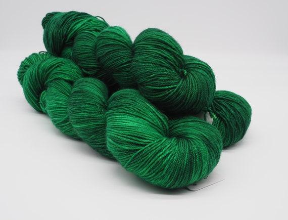 Village green - hand-dyed, variegated merino cashmere silk yarn - 100g (400m)