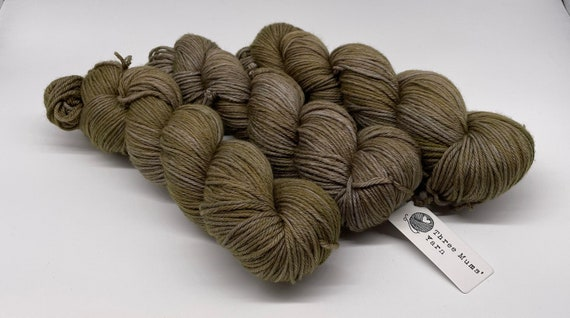 On a whim #18 - olive green tonal hand-dyed semi-solid superwash DK (8 ply) merino yarn - 100g (225m)