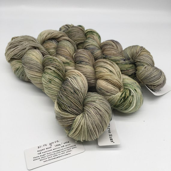Olive grove - hand-dyed super sock yarn - 100g (425m)