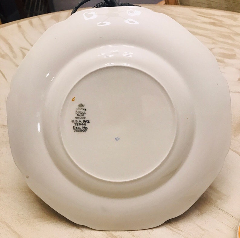 Pair of Crown Ducal Dinner Plates England Fruit Bowl Urn 72944 A1476
