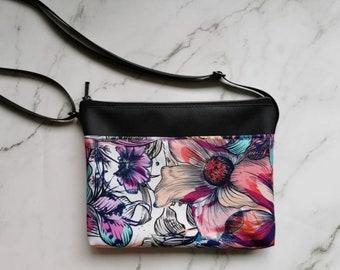 Floral purse, faux leather, adjustable, hand bag, bag, accessory for woman, purse, handbag, crossbody bag, vintage, flowers, colorful