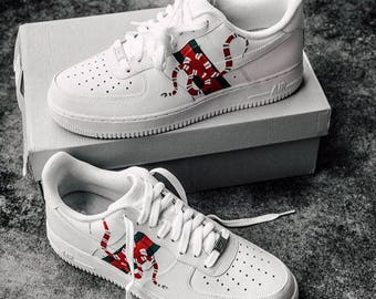 finest selection 0e89b 869fe Custom Gucci Snake Nike Air Force 1