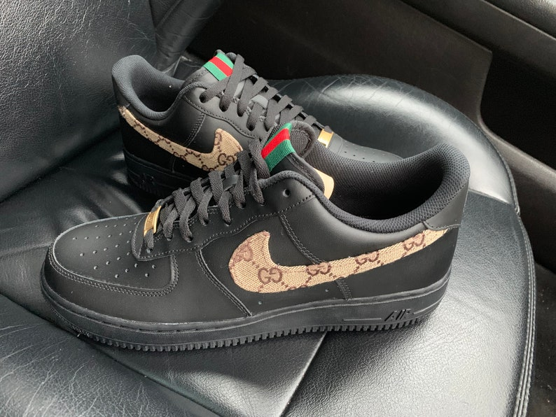 """OFF WHITE x Nike Air Force 1 """"Black"""": On Foot Pictures Surfaced"""