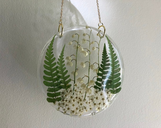 Lily of the Valley, Fern and Pyracantha Flower Round Sun Catcher - Gold Chain