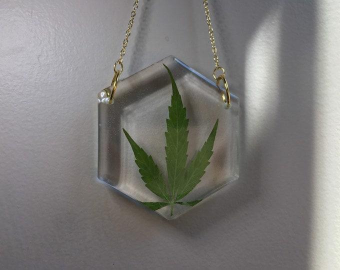Weed Leaf Hexagon Sun Catcher 1 - Gold Chain