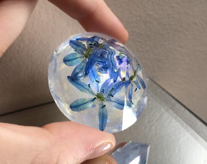 Glory of the Snow Flower & Blue Opal Dust Diamond Crystal