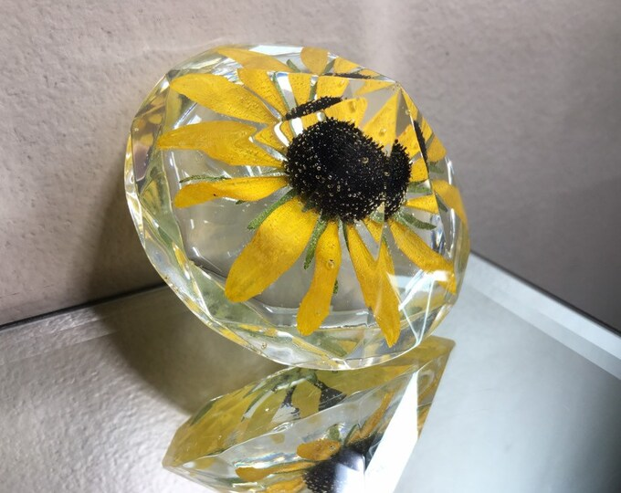 Black Eyed Susan Large Diamond Crystal 2