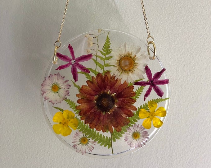 Daisy, English Daisies, Fern, Hyacinth, Buttercup and Red Blanket Flower Round Sun Catcher - Gold Chain