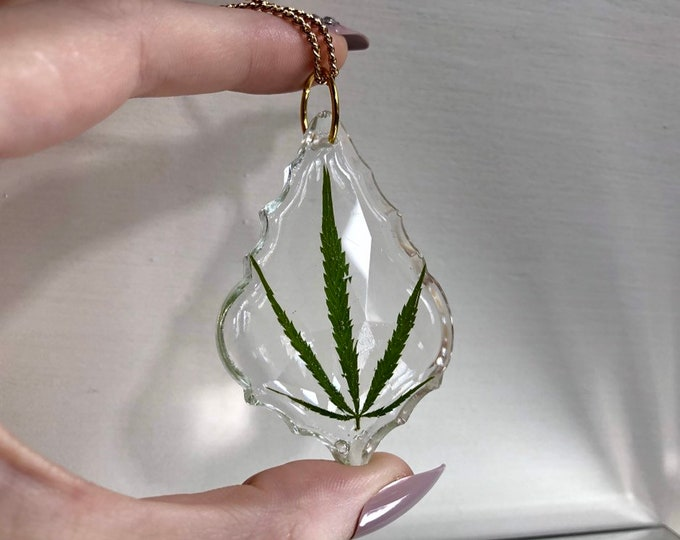 Weed Leaf Prism Light Catcher 3 - Gold Chain