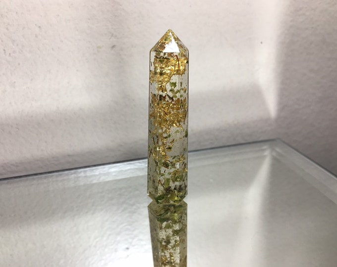 Weed and Gold Leaf Crystal Tower