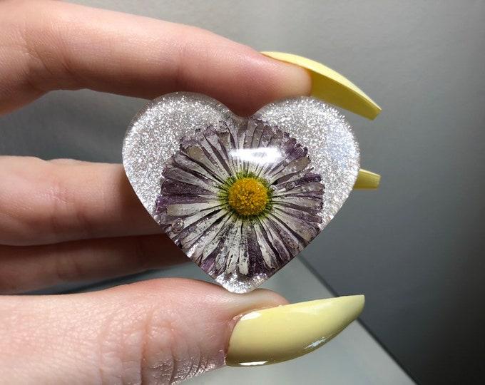 English Daisy Flower Heart
