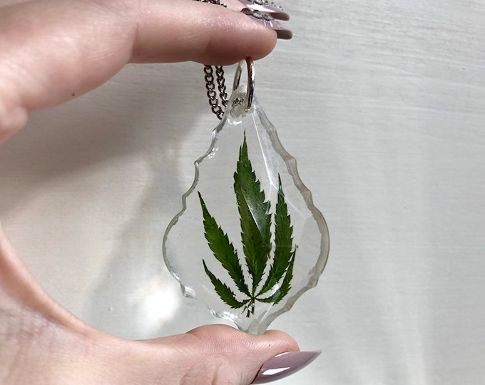 Weed Leaf Prism Light Catcher 2 - Silver Chain