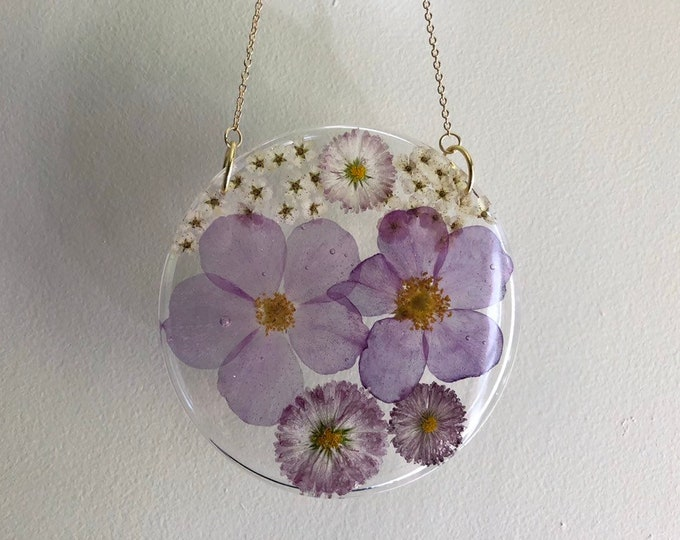 Wild Rose, English Daisies and Pyracantha Flower Round Sun Catcher - Gold Chain