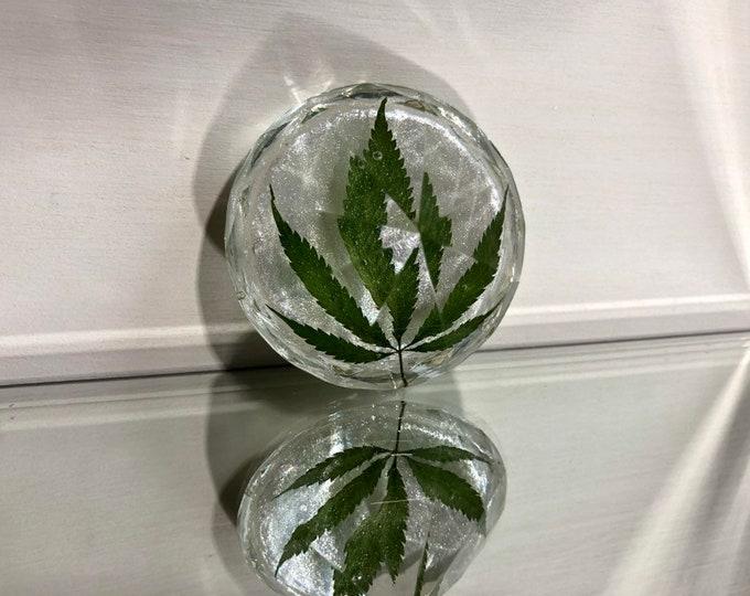 Weed Leaf & Diamond Dust Large Diamond Crystal
