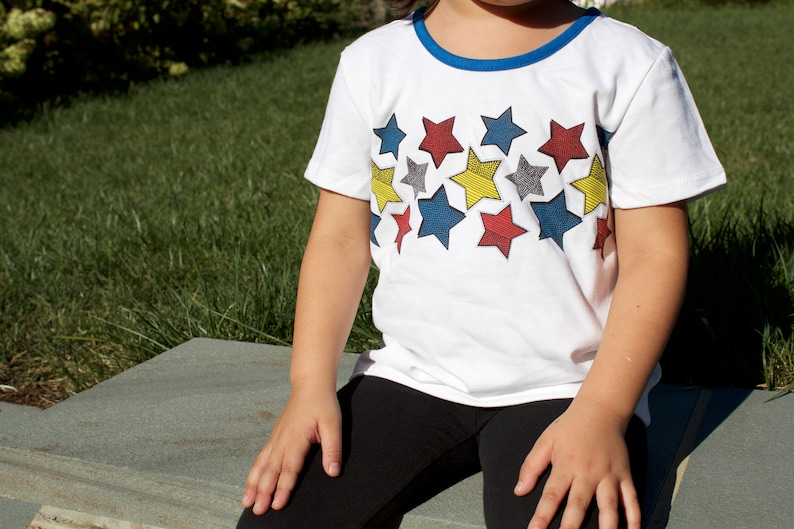 kids superhero tshirt and cape image 0