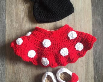 Crochet Baby Minnie.  Baby Girl Minnie.  Baby Girl Photo Prop.  Newborn Baby Girl Outfits.
