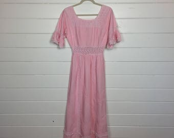 Vintage 1970s Cotton Candy Pink Mexican Dress / Bell Sleeves / Pintuck / Crochet Trim / Mexican Wedding Dress