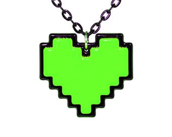 Undertale Cosplay Necklace Digital 8 Bit Pixel Heart Zelda Heart Container Green for Kindness