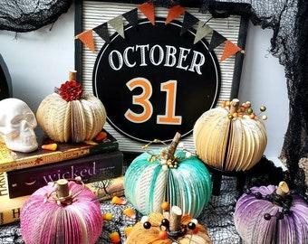 Repurposed Book Pumpkin (Small), paper pumpkin, fall, Halloween,  Thanksgiving,  librarian,  teacher, Halloween home decor, repurposed books