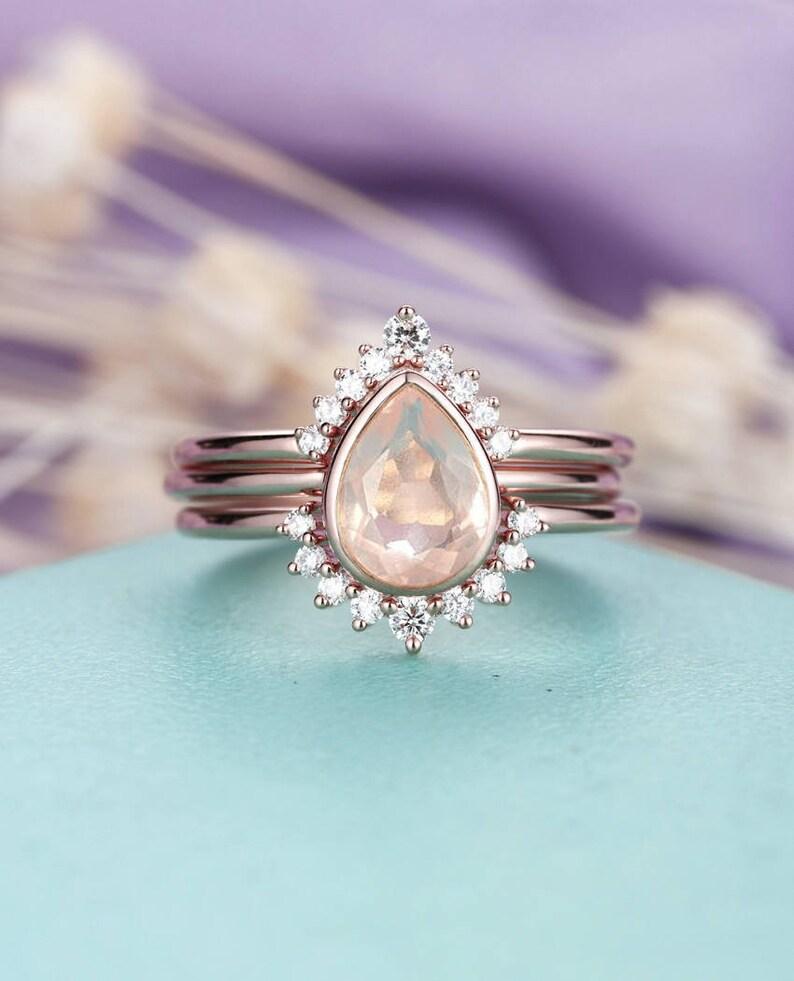 3pcs Rose Quartz Engagement Ring Rose Gold Vintage Diamond Wedding ring set  Women Bridal jewelry Pear Shaped Cut Stacking Promise