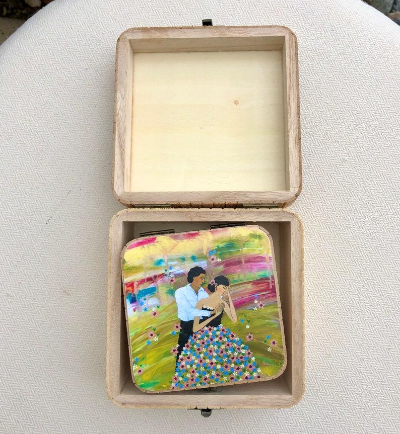 Valentine Wedding Love Illustrated Trinket Box Romantic Couple Trinket Jewellery Box Engagement Illustrated Gift Flowers Jewelry Box