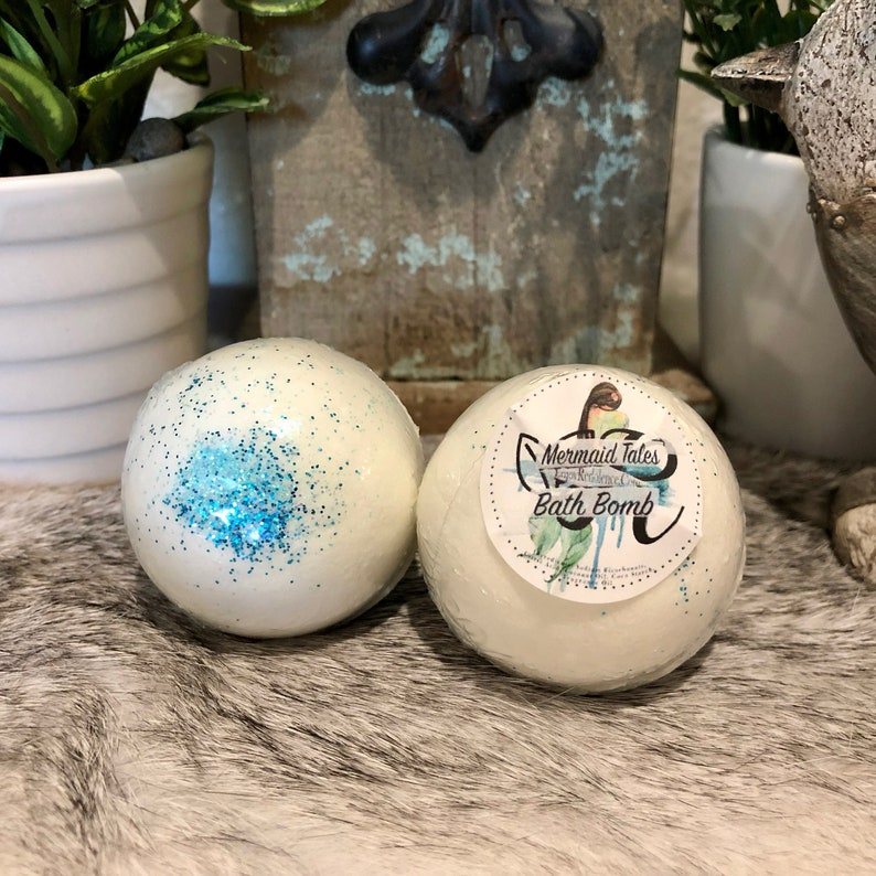 Mermaid Tales 3.5oz Bath Bomb. Moisturizing Gifts for her image 0