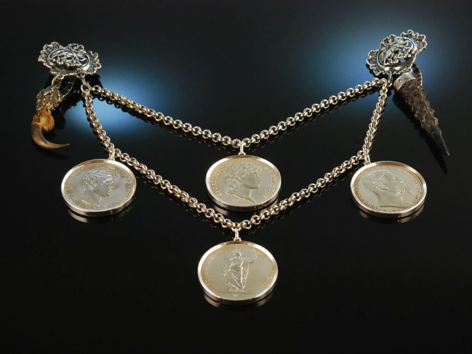 Munich around 1950! Beautiful large coin Charivari silver 835