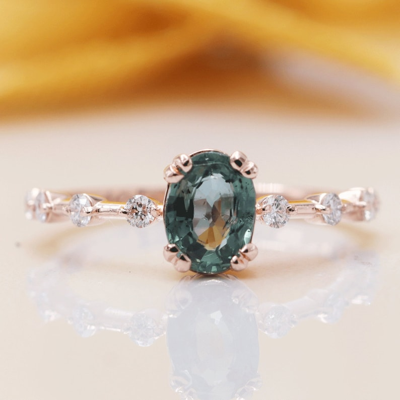 14k Gold High Quality Oval Green Sapphire Diamond Engagement image 0