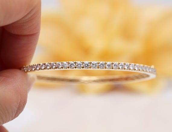 14k Gold Diamond Oval Bangle/Diamond Bracelet/Gold Bracelet/Diamond Bracelet/Valentine Bracelet/Oval Bangle/Love Diamond Bracelet/Bangle