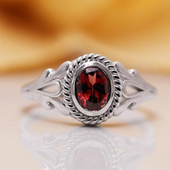14K Gold Red Garnet Diamond Ring/Red Garnet Diamond Engagement Ring/Anniversary Ring/Birthday Ring/Red Gem Ring/Promise Ring/Proposal Ring