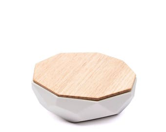 Faceted Jewellery Dish - Handmade Gift: Wood & Milk Porcelain (small)
