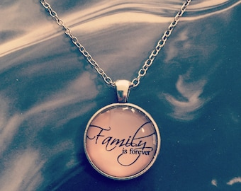 Family is forever Cabochon necklace