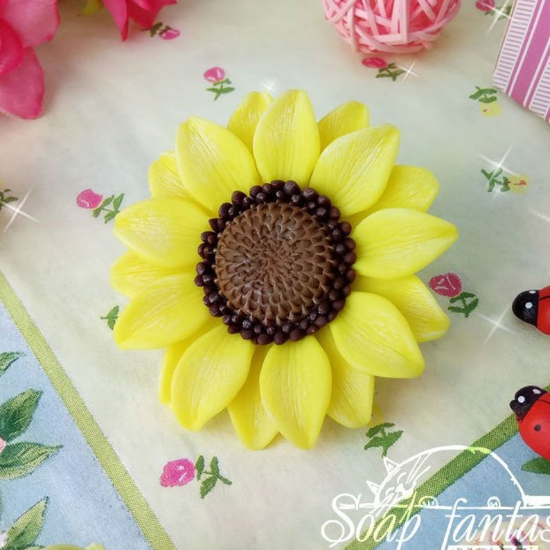 mini Sunflower Maked from high quality silicone for soap making silicone soap mold