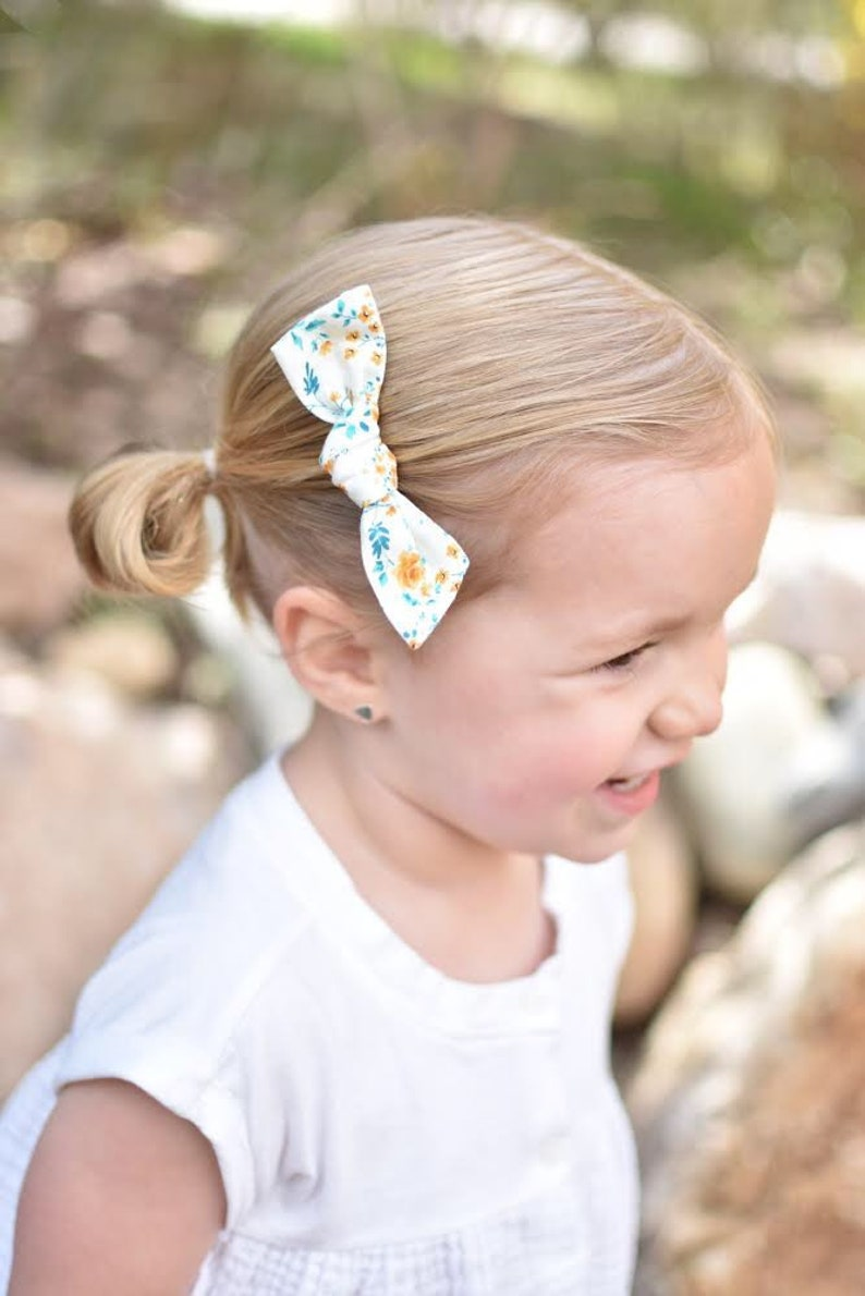 Spring Floral Emma bow