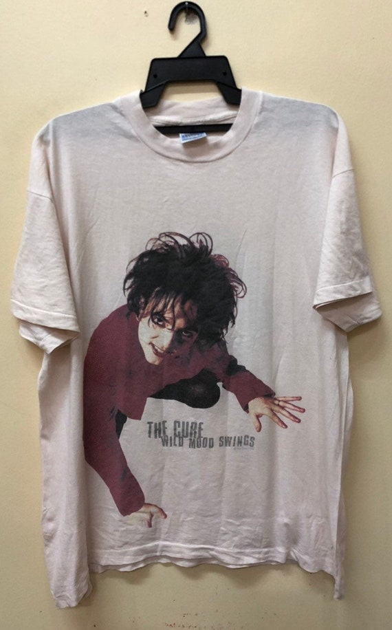 Vintage The Cure Robert Smiths 1996 t shirt Bjork