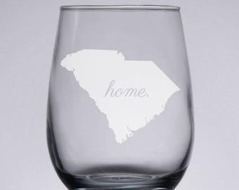 Customized Personalized Wine Glass Pint Custom SC Glassware Gift Ideas South Carolina State Outline