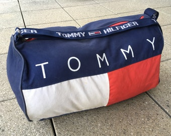 fe87067a705f 90s TOMMY HILFIGER Duffle Bag   Spellout Gym Bag   Sports Vintage of  timeless beauty