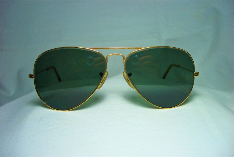 78d7c2f544a8 Ray Ban Aviator sunglasses RB 3025 gold plated crystal