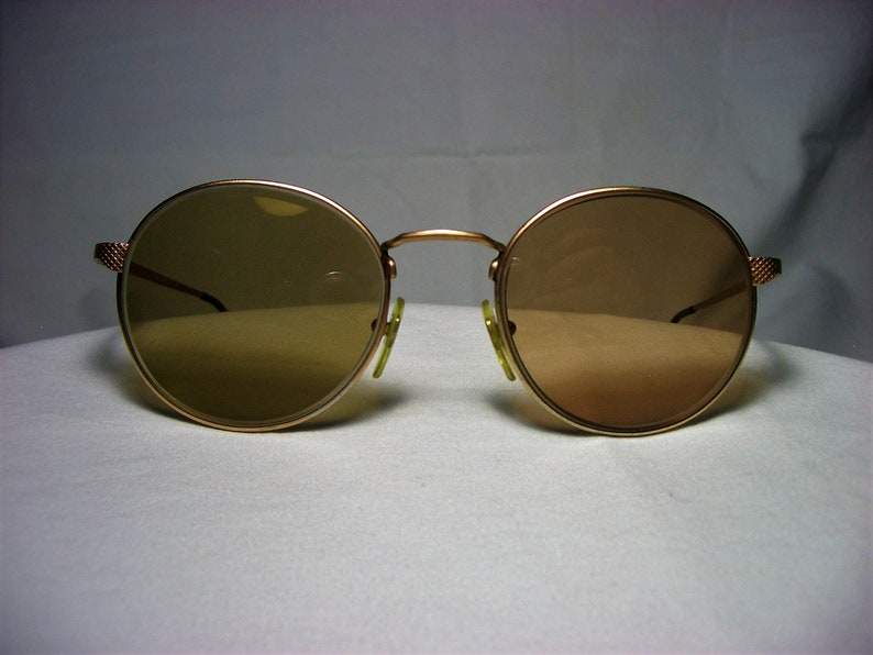 65b18c7ff8d Gianfranco Ferre gold plated round oval eyeglasses