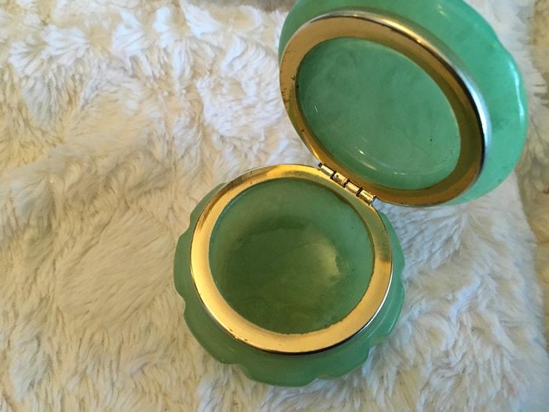 Vintage  genuine alaster green jewelry box