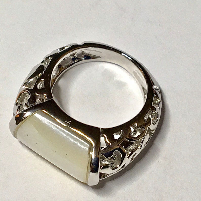 white Mother of Pearl ring size 4 Lia Sophia