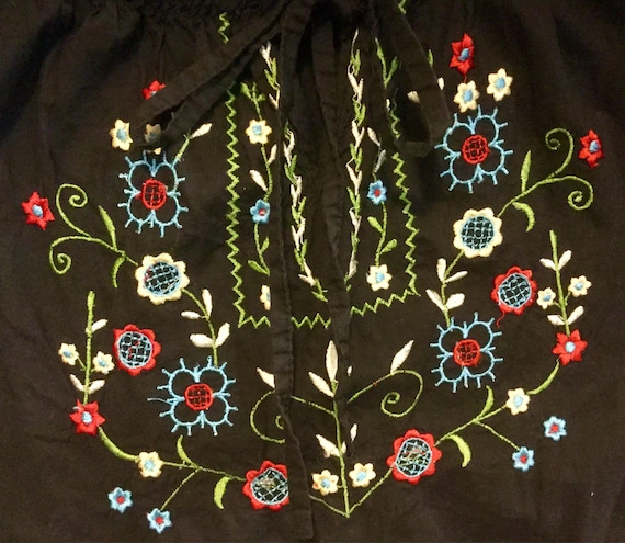 Black Embroidered Blouse Top Floral Peasant Hunga… - image 1