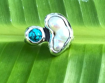 No.351 Tennessee River Pearl and Natural Bisbee Turquoise Ring