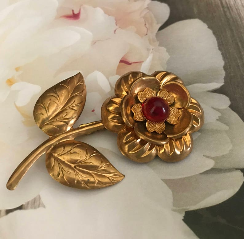 140906868 Vintage Gold Flower Brooch Pin With Red Cabochon Jellybelly   Etsy