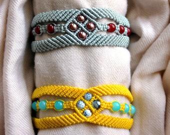 Macrame window bracelet